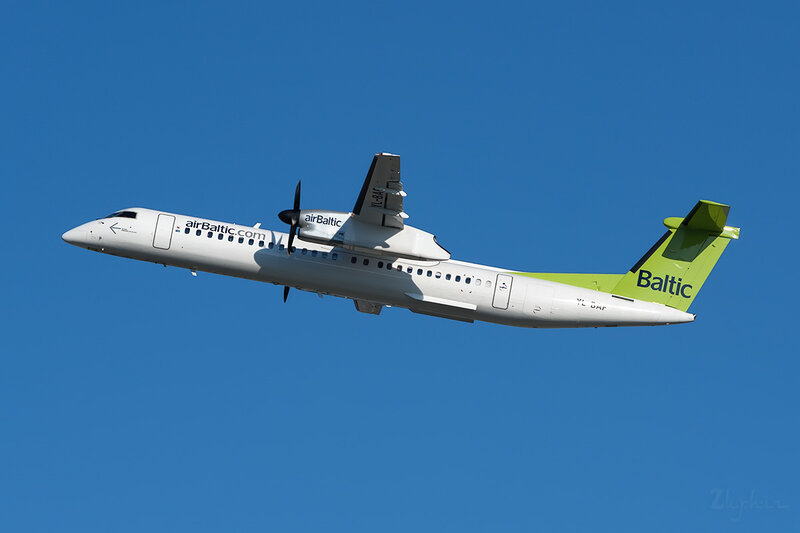 De Havilland Canada DHC-8-402Q Dash 8 (YL-BAF) Air Baltic DSC7045