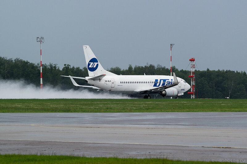 Boeing 737-524 (VQ-BJV) ЮТэйр 174_D801771