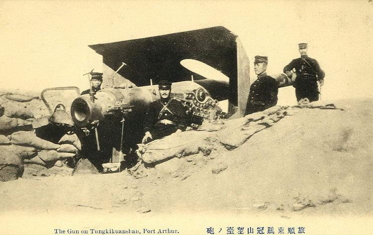 Port Arthur - the gun on Tungkikuanshan.jpg