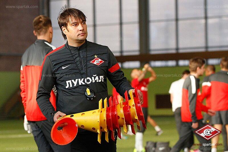 Тренировка «Спартака» в сокольническом манеже (Фото)