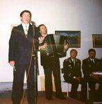Песни о флоте поет Виктор Кузнецов. Октябрь 2001 г..JPG