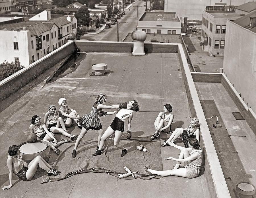 Женский бокс на крыше. 1938 год.