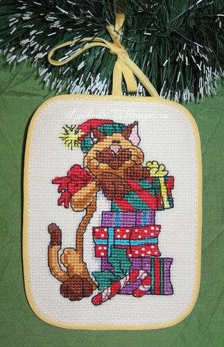 Рождественские коты (Dimensions), Рождественские коты, Dimensions, елочные игрушки, елочные украшения, игрушки на елку своими руками, новогодние котики, новогодние коты, кот с подарками, кот Санта, Кот играется, кот с мышкой поют, кот на коньках, рыжий кот