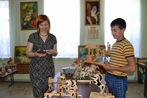 Фоторепортаж: Детская выставка в селе Авдарма