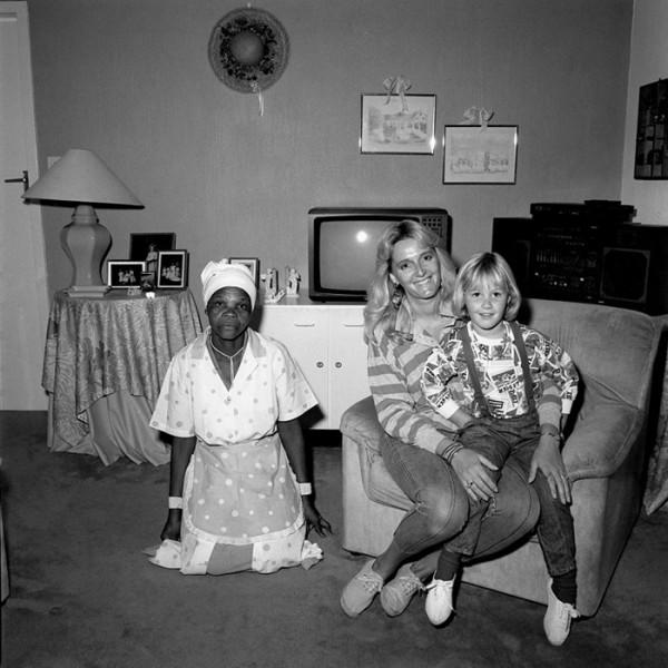 Чернокожие девушки заставляют белых парней делать кунилингус 22 фотография