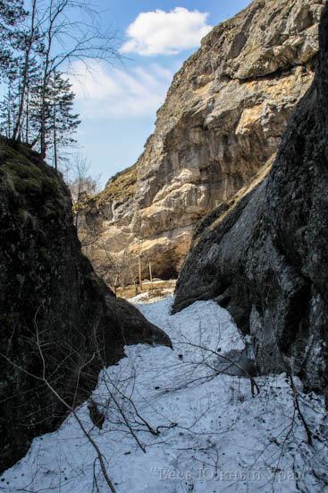 каньон водопада шульган