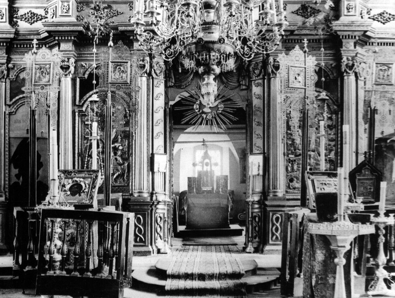 Иконостас Успенской церкви Печёрского Вознесенского монастыря