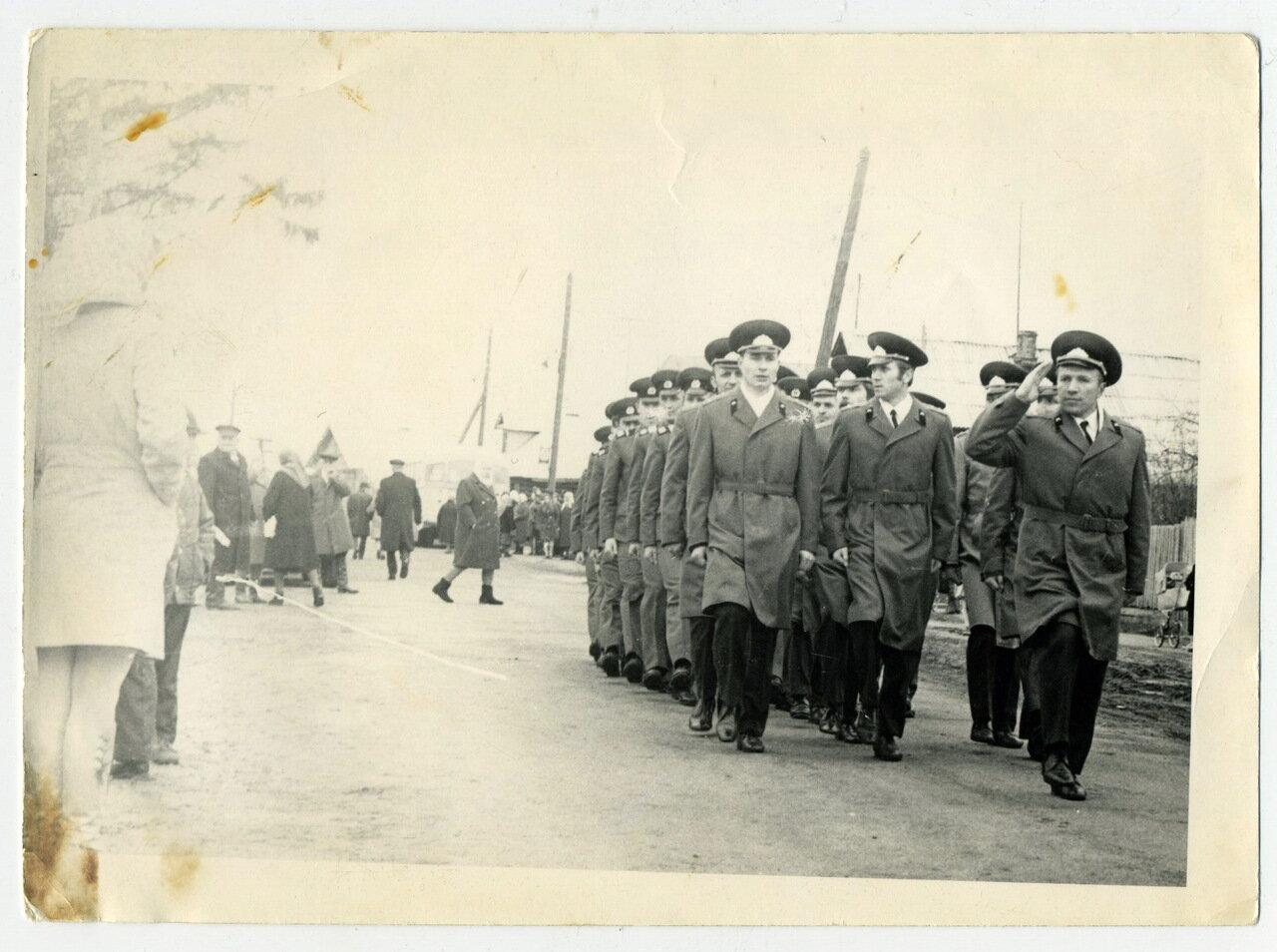 Торжественный марш в День Победы. Село Воскресенское