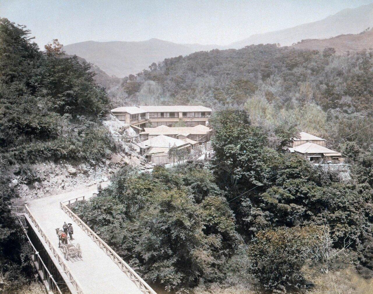 Вид горячих источников Сококура в Хаконэ, Япония.1890 г.