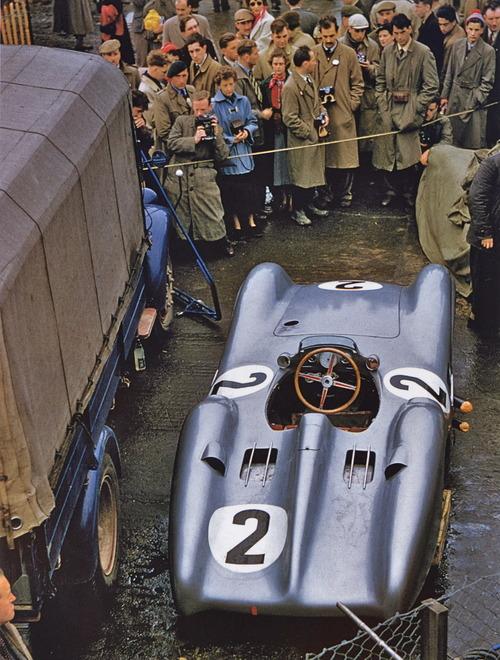 1954-British-GP-Karl-Kling's-Mercedes-Benz.jpg