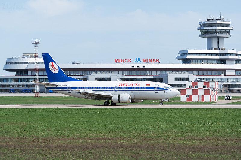 Boeing 737-524 (EW-253PA) Белавиа D800306