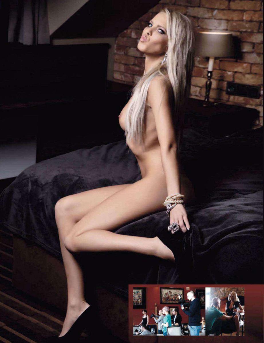 Девушка месяца Вероника Басилеу / Veronika Basileiou - Playboy Czech Republic april 2013