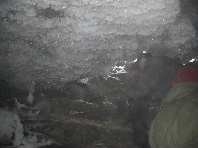 Вид на вход изнутри (25.03.2013)