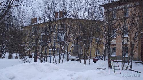 Фото города Инта №2827  Коммунистическая 20 и 18 31.01.2013_13:31