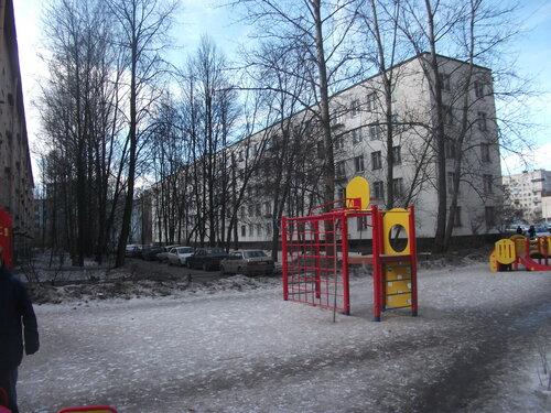 ул. Лени Голикова 33