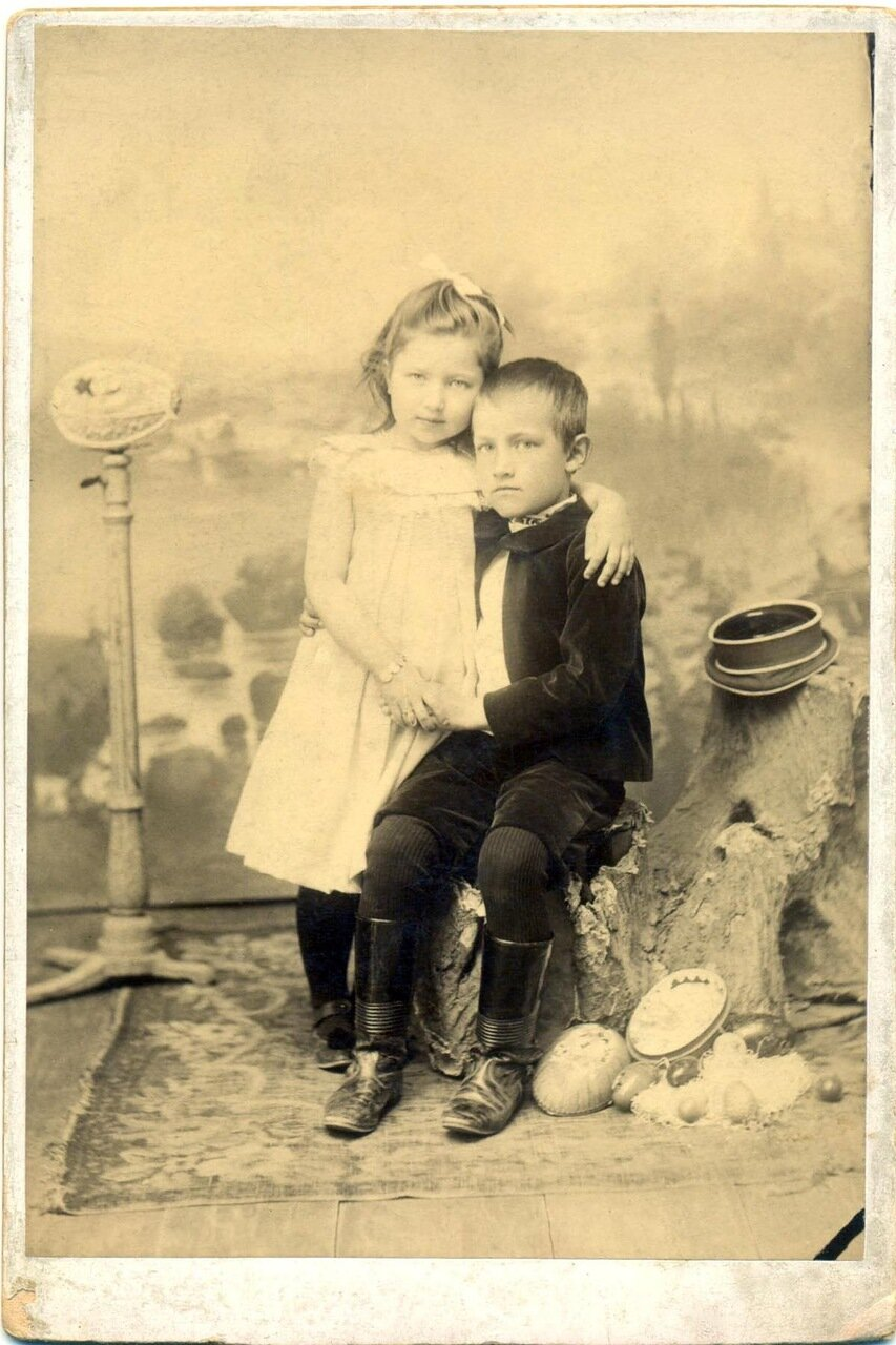 Арсения и Юлии Коробейниковых. 1мая 1903г