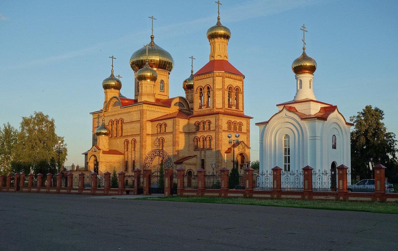 собор и часовня