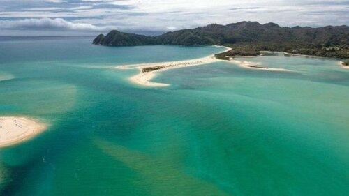 В Новой Зеландии граждане выкупили пляж за $1,5 миллиона