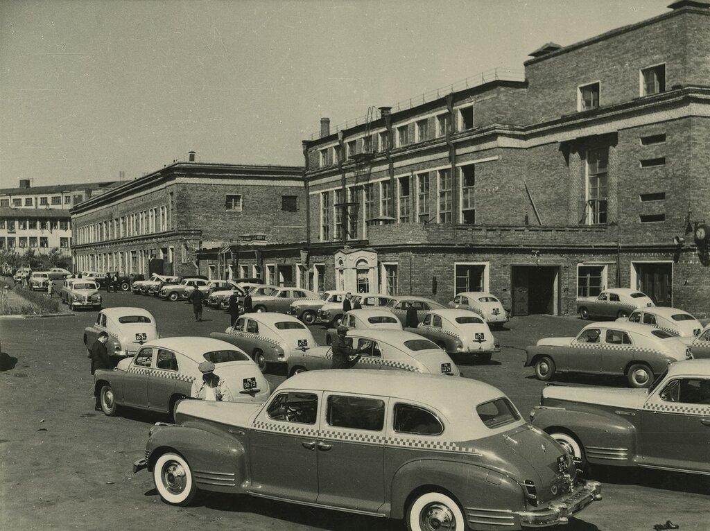 1950с московское такси.jpg