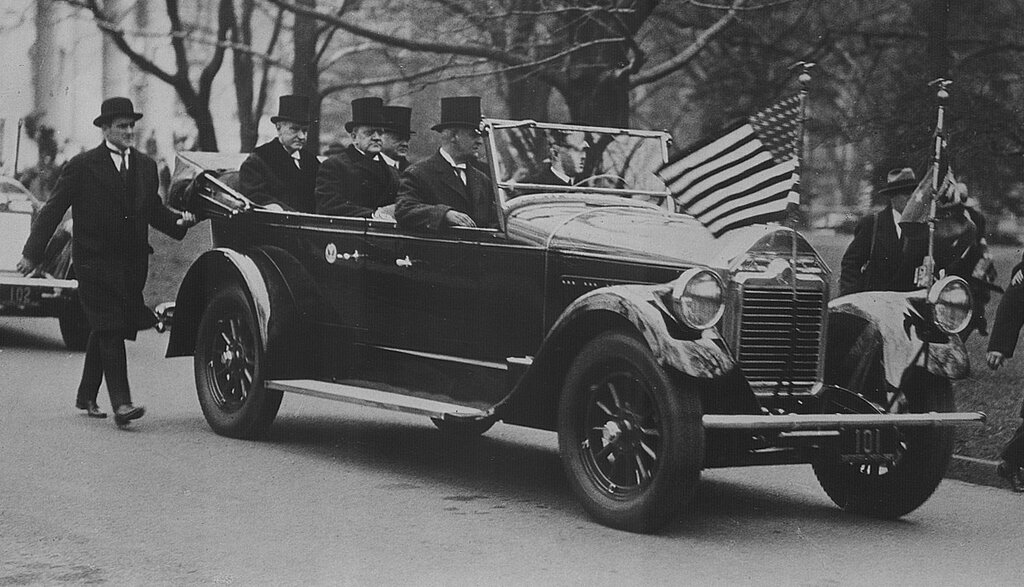 1925 president_coolidge Pierce-Arrow.jpg