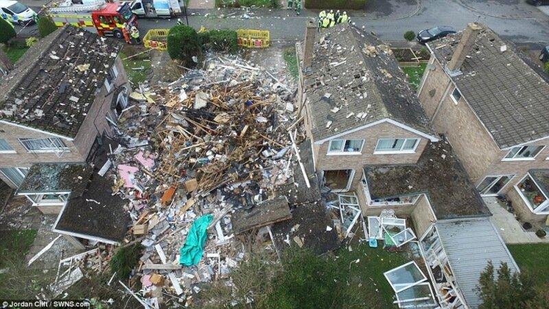Фотографии разрушений после сильного взрыва газа в Йорке, Пенсильвания
