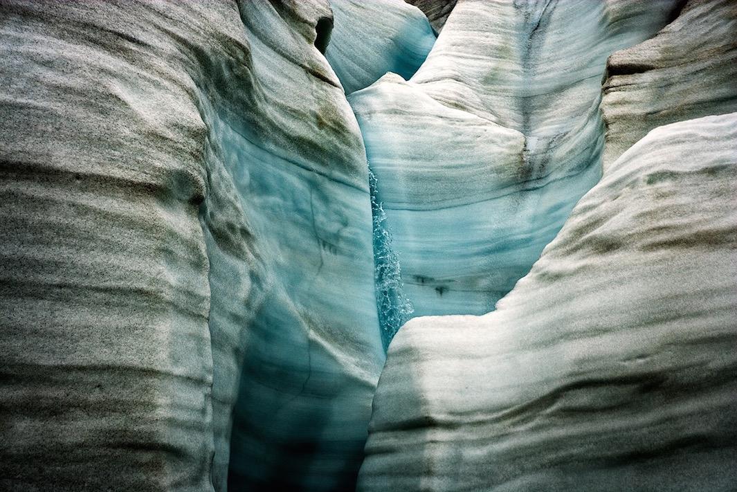 В 2009 году Коупленд и Кейт Хегер пешком преодолели более 400 миль при температуре воздуха -50 граду
