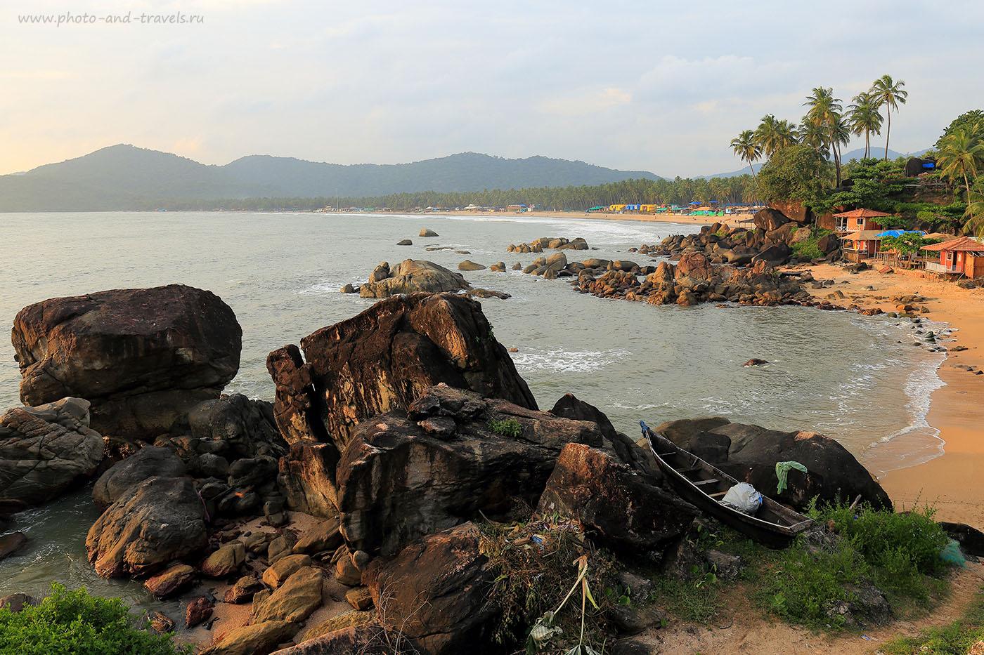 Фото 1. Вид на пляж Палолем, Южное Гоа. Отзывы туристов об отдыхе в Индии самостоятельно (фотоаппарат Canon EOS 6D, объектив Canon EF 24-70mm f/4L IS USM, параметры съемки: выдержка 1/160 с, экспокоррекция «-1eV», диафрагма f9, фокусное расстояние 24 mm, ISO 100)