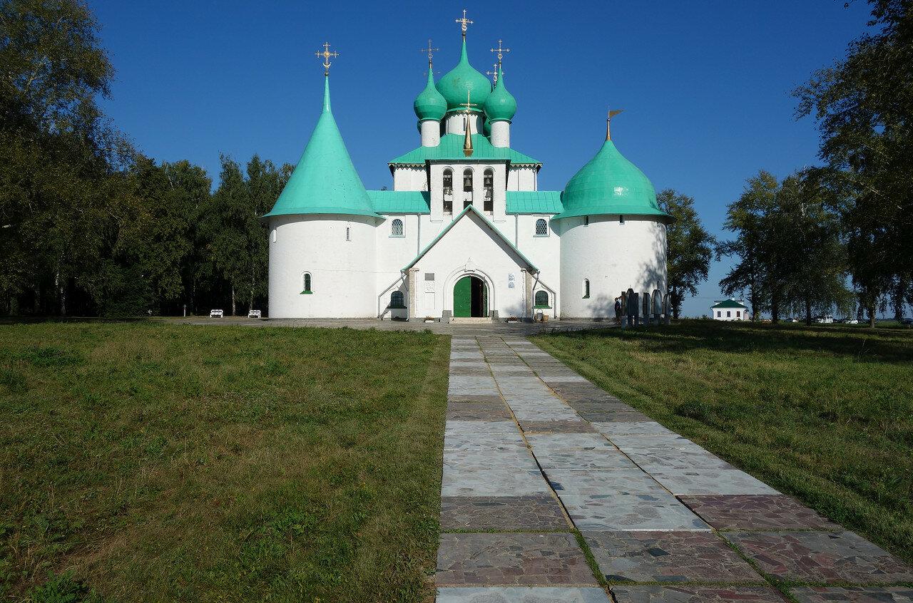 храм-памятник Сереги Радонежского