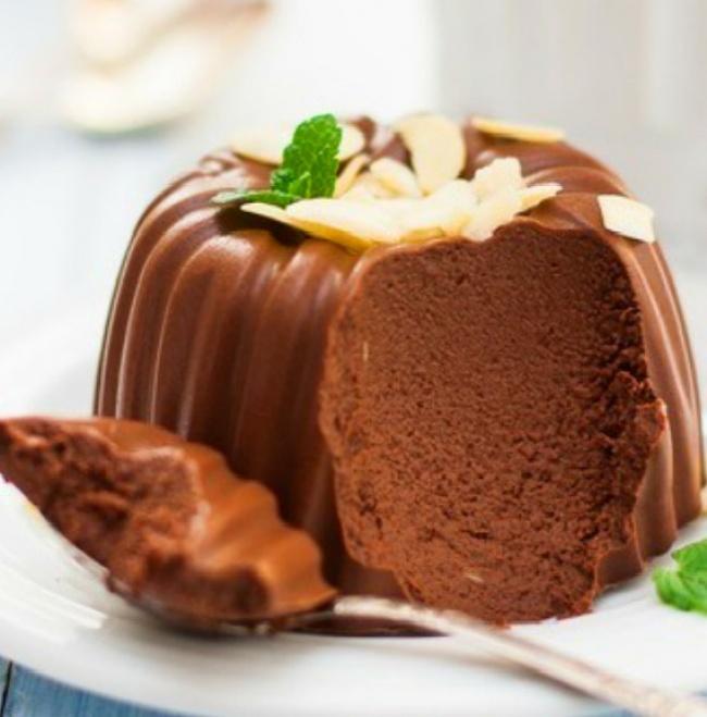 Вам понадобится: 120г горького шоколада 500мл молока 10г желатина сахар пожеланию Приготовление: