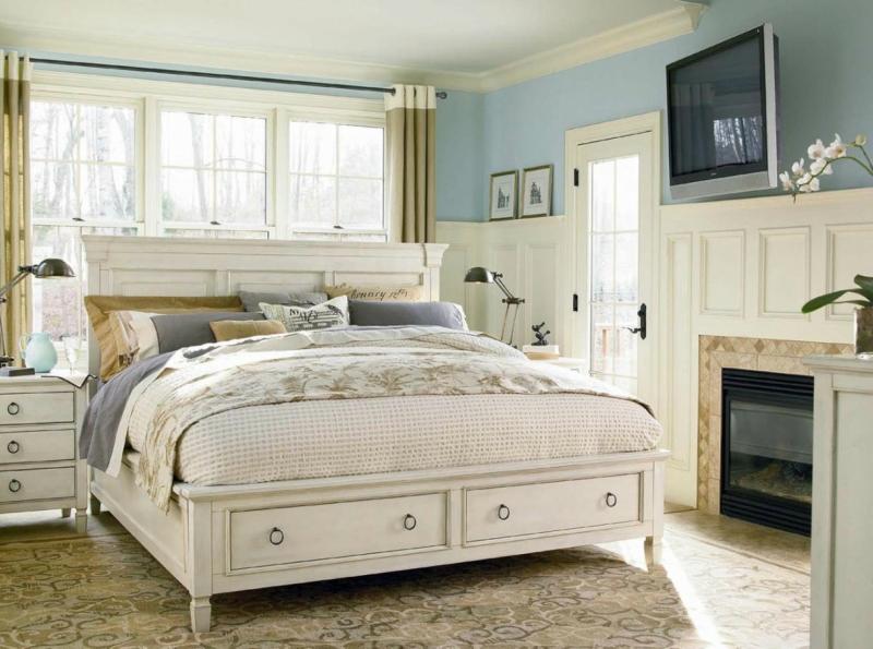Дизайн интерьера спальни в светлых оттенках фото 12