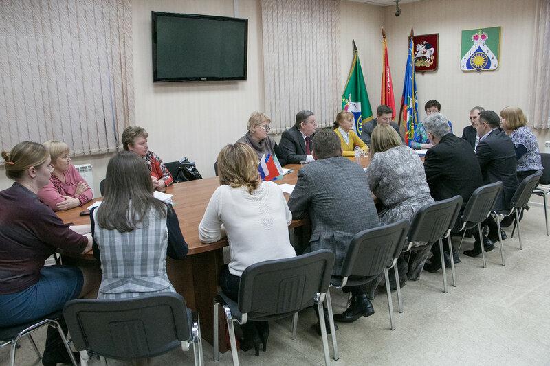 Глава Красногорского района Михаил Сапунов встретился с депутатами с.п. Ильинское