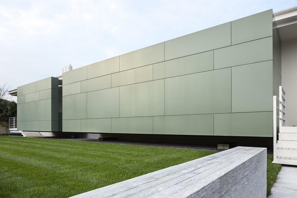 Giorgio Zaetta, House C, огромная вилла, вилла в Италии, полы из тика, фитнес-зал дома, ландшафтный дизайн, Вилла в Италии