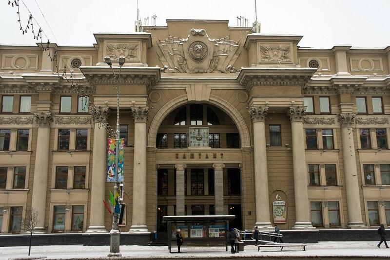 2016-01-09_002, Белоруссия, Минск, Площадь Независимости.jpg