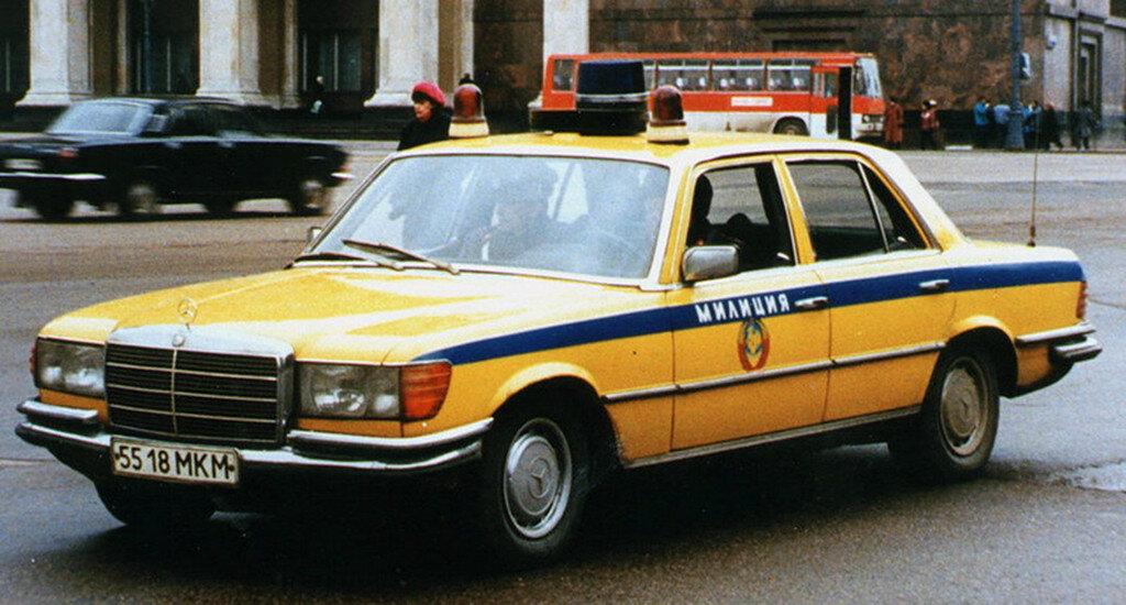 Mercedes-Benz-W116-10.jpg