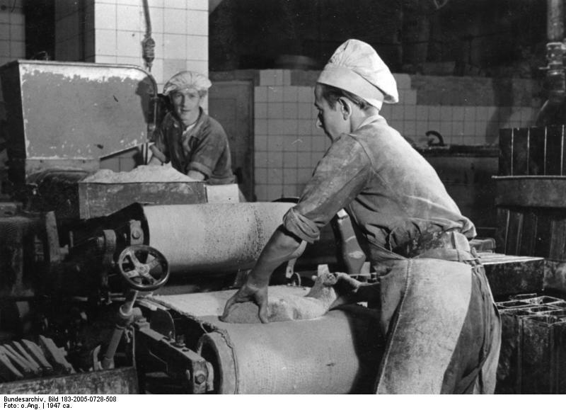 Berlin, Herstellung von Pumpernickel