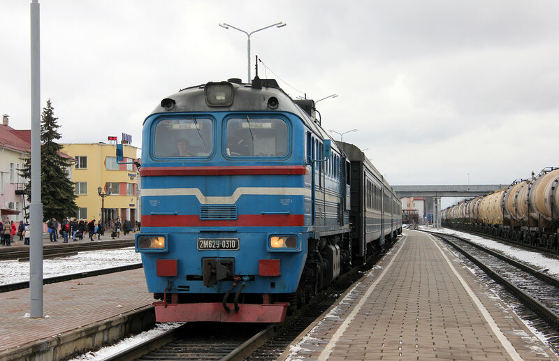 2М62У-0310 на станции Полоцк