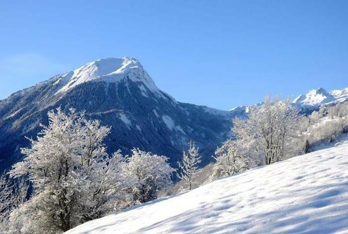 Прекрасные европейские горы Альпы в снегу 0 221f5f c529ef4 XL