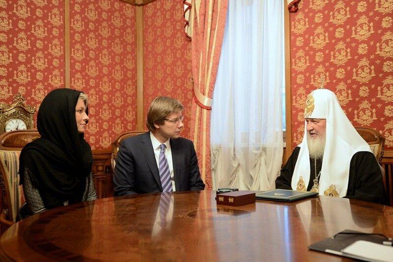 Мер Риги на захист двомовності використовує доводи, дуже знайомі українцям