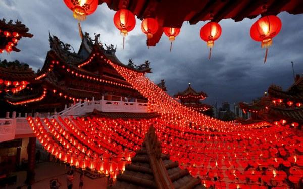 Китайская диаспора в шотландском Глазго празднует наступление года Обезьяны