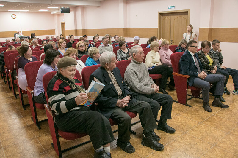 Михаил Сапунов встретился с жителяими Отрадное