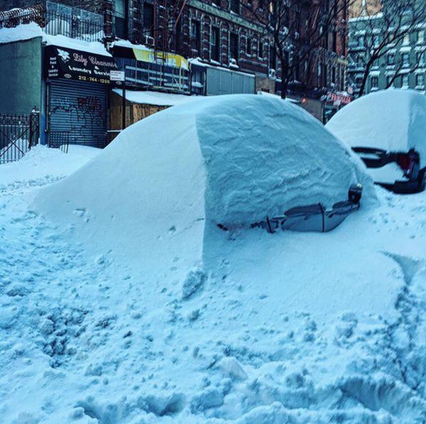 Восток США пострадал от снежной бури