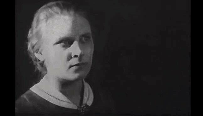 """Алла Тарасова в фильме """"Раскольников"""", 1923 год"""