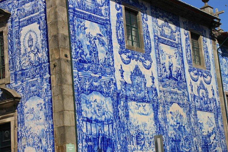 Порту, Capela das Almas - азулежу (Porto, Capela das Almas - azulejo)