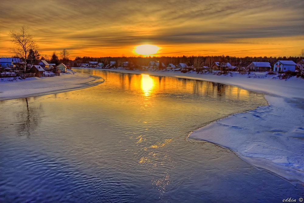 Закат на реке Шуя, деревня Бесовец, Карелия