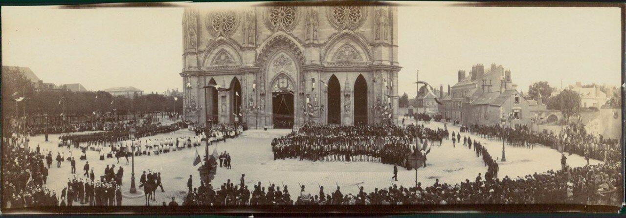 Орлеан. Мемориальныу торжества, посвященные Жанне д'Арк