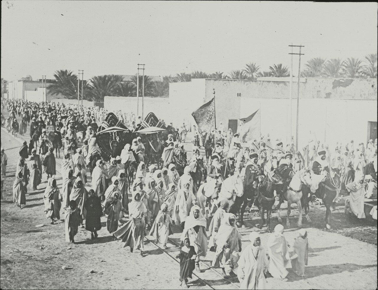 Паломники отправляются в Мекку, Алжир