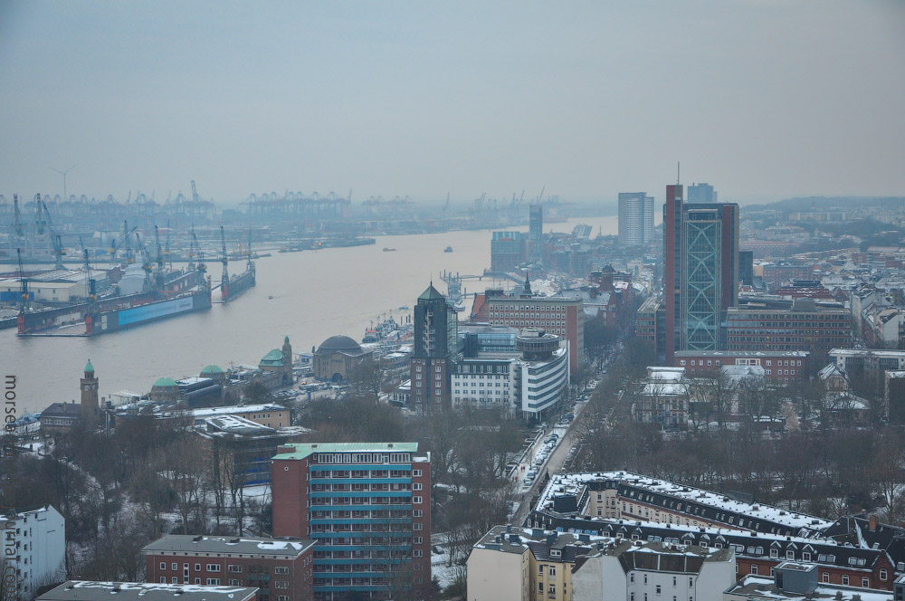 Hamburg-fom-the-Top-(13).jpg