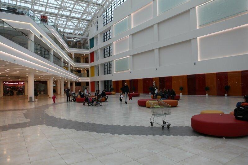 Торговый центр Mari