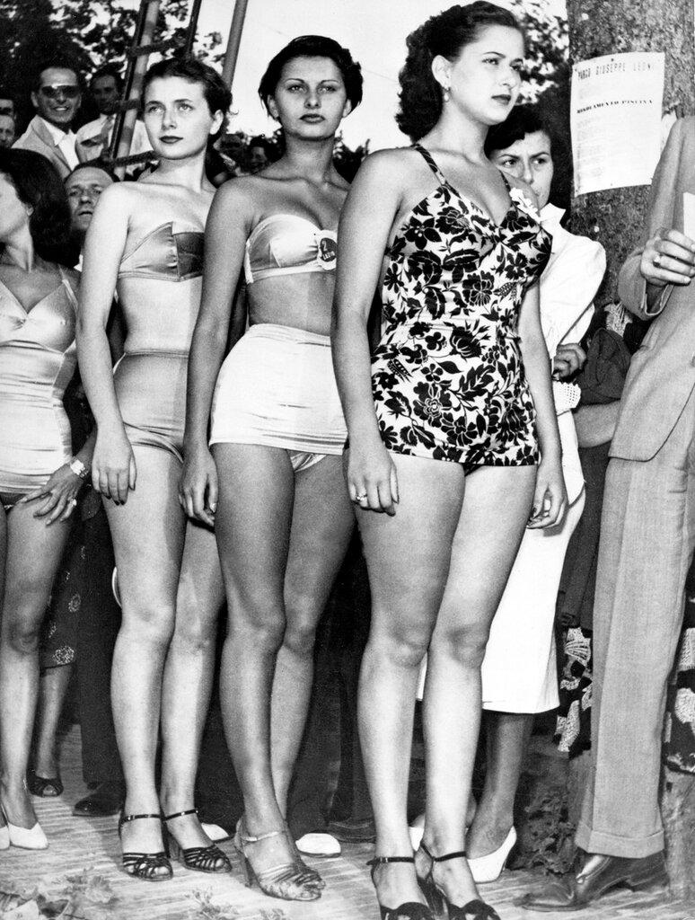 """Sophia LOREN im Bikini als """"Miss Eleganza"""" 1950"""