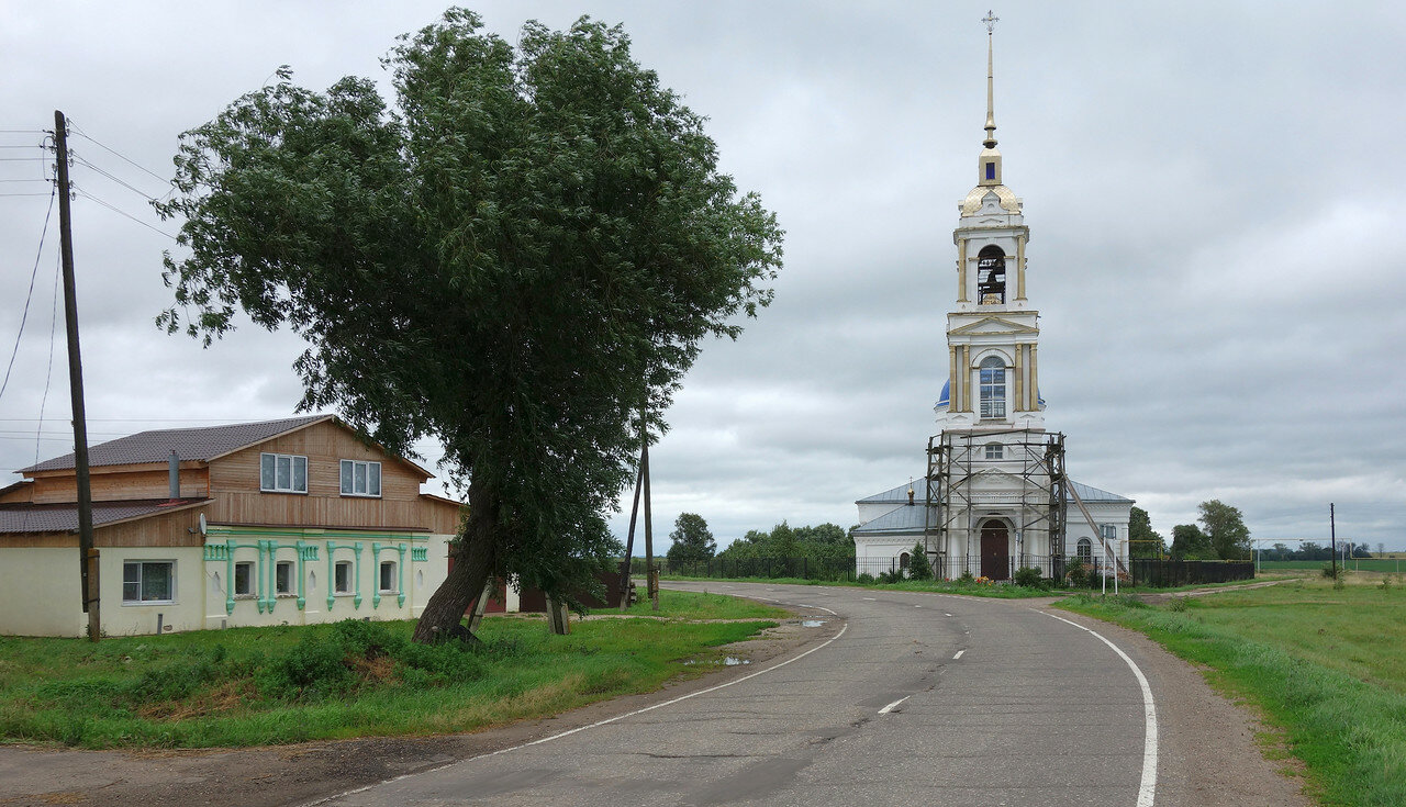 ива и храм, село Подолец